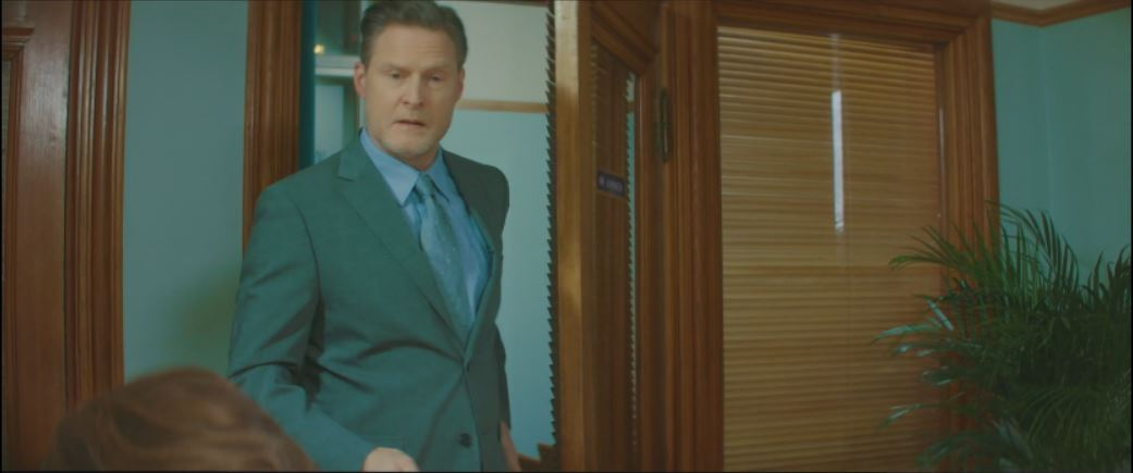 Actor Henrik Norman as Boss in Commercial